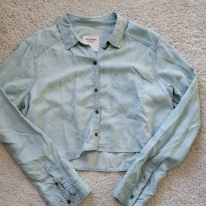 Abercrombie & Fitch  Cropped Chambray Shirt